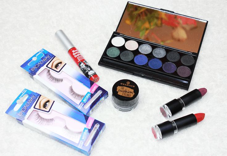 Halloween make-up essentials