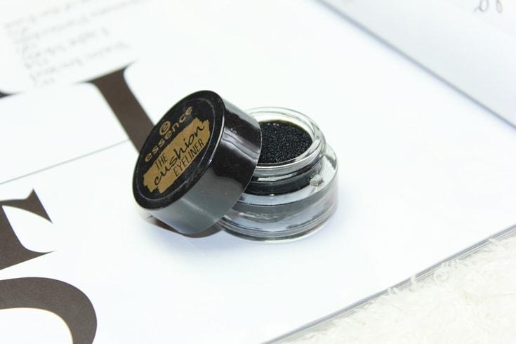 Beste zwarte eyeliners onder 15 euro