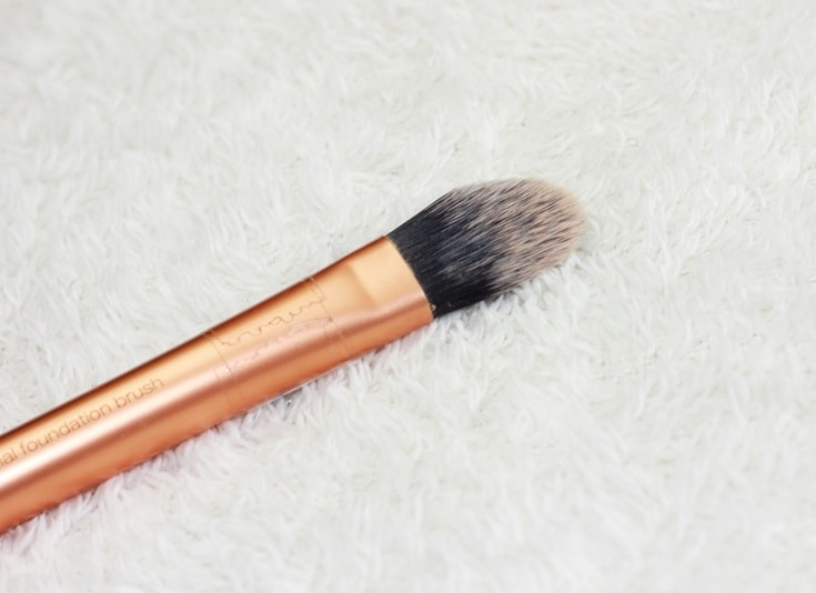 platte foundation brush real techniques