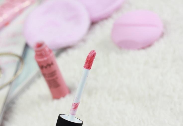 NYX Soft Matte Lip Creme applicator